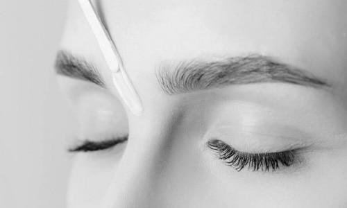 epilation sourcil technique estheticienne epilation sourcils salon d epilation pour femme la baule bien-etre institut de beaute a la baule