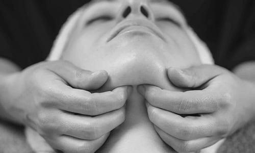 massages drainant lymphatique massage lymphatiques masseur drainage lymphatique la baule bien-etre institut de beaute a la baule